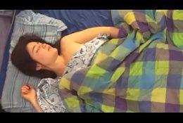 😃Mi amiga Caliente acepta dormir en casa y follarmela😃